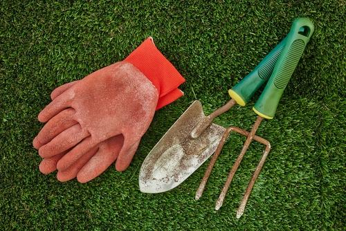 artificial-grass-maintenance