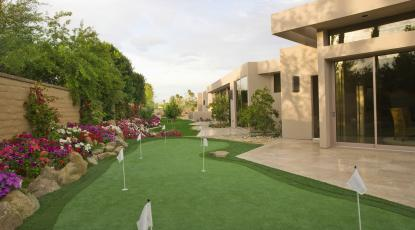 Essential Garden Golf Equipment Every Keen Golfer Needs